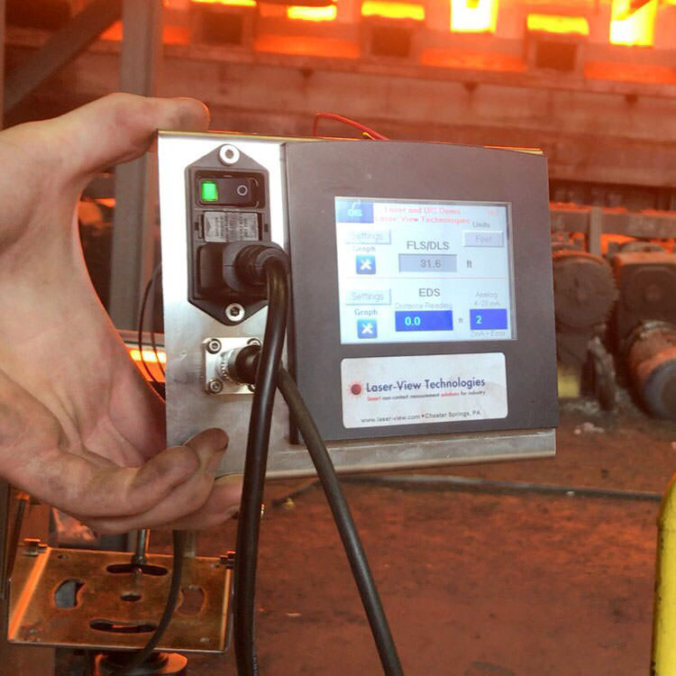 DAN-30-150 in Field Testing measuring to approximately 2300 degree F steel