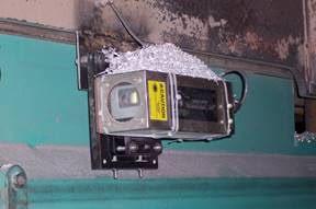 Laser sensors positioning Gantry Plate Saw